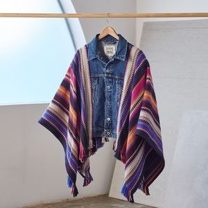NWT Levi's Made & crafted poncho trucket